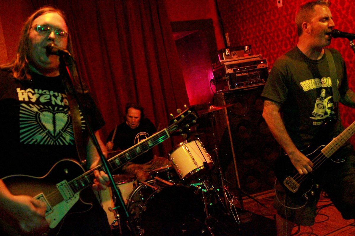 LIVE REVIEW: The Brought Low, The Scimitar, Hey Zeus @ Radio, July 19