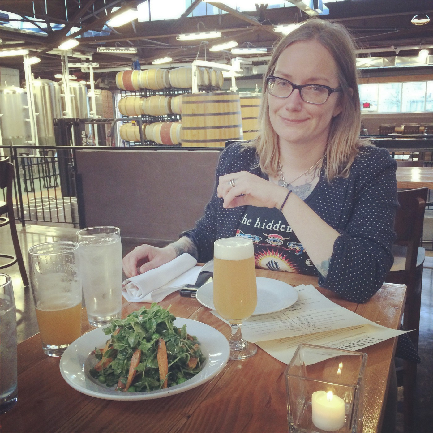 The wife with a pea and carrot salad at Fermentaria-1400