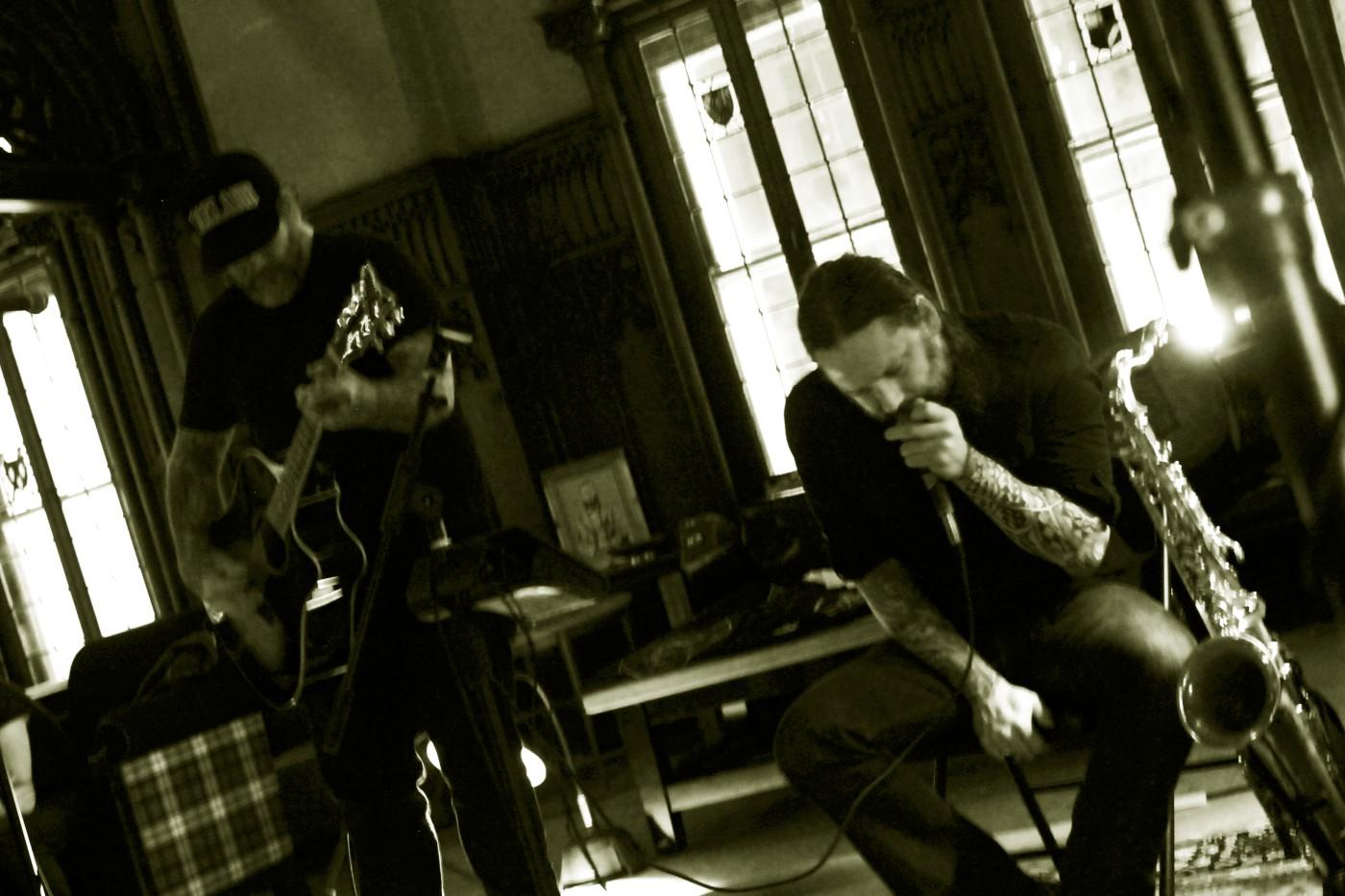 scott kelly and bruce lamont 1 (Photo by JJ Koczan)