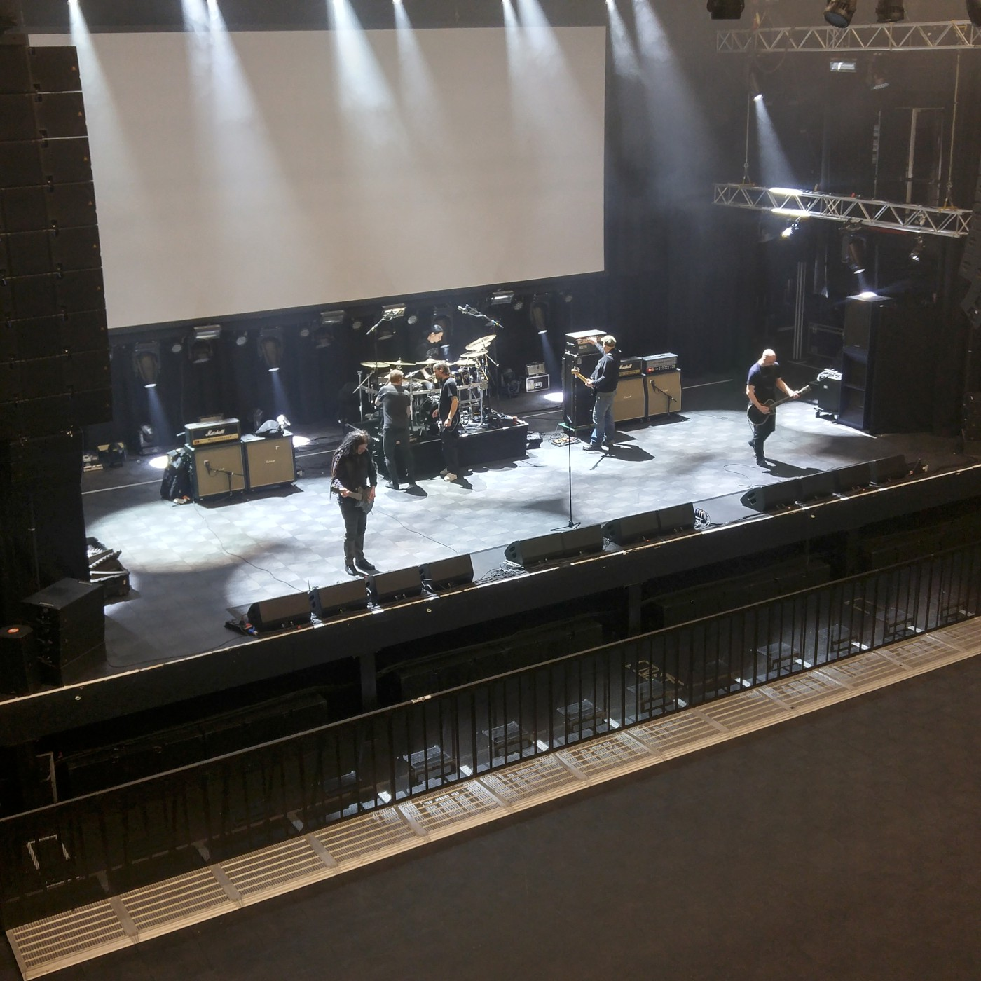 paradise lost soundcheck (Photo by JJ Koczan)