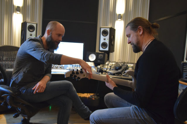 amorphis in studio