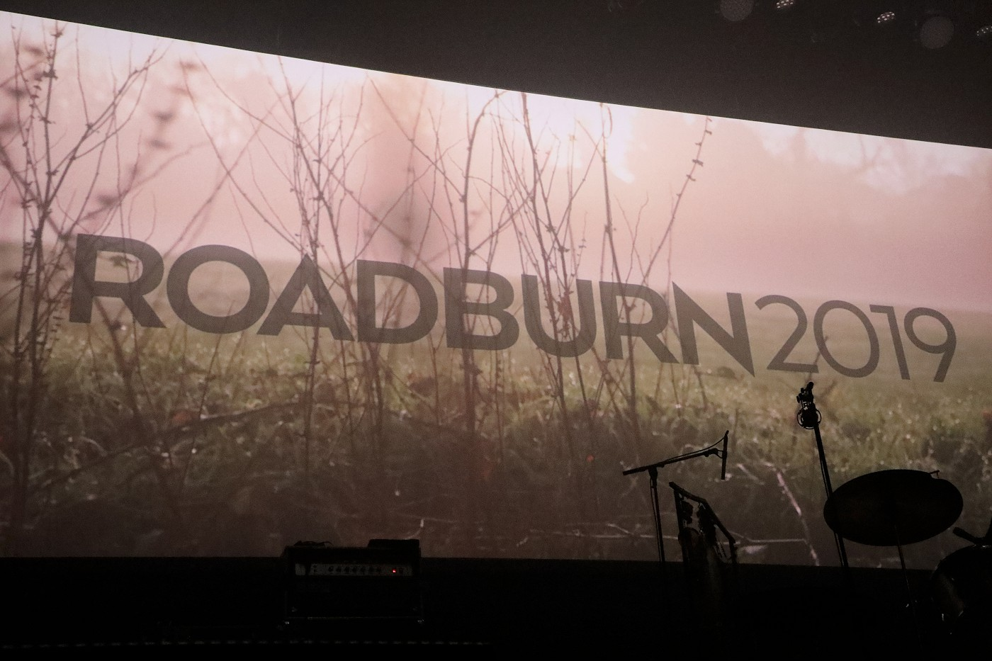 ROADBURN DAY ONE BANNER (Photo by JJ Koczan)
