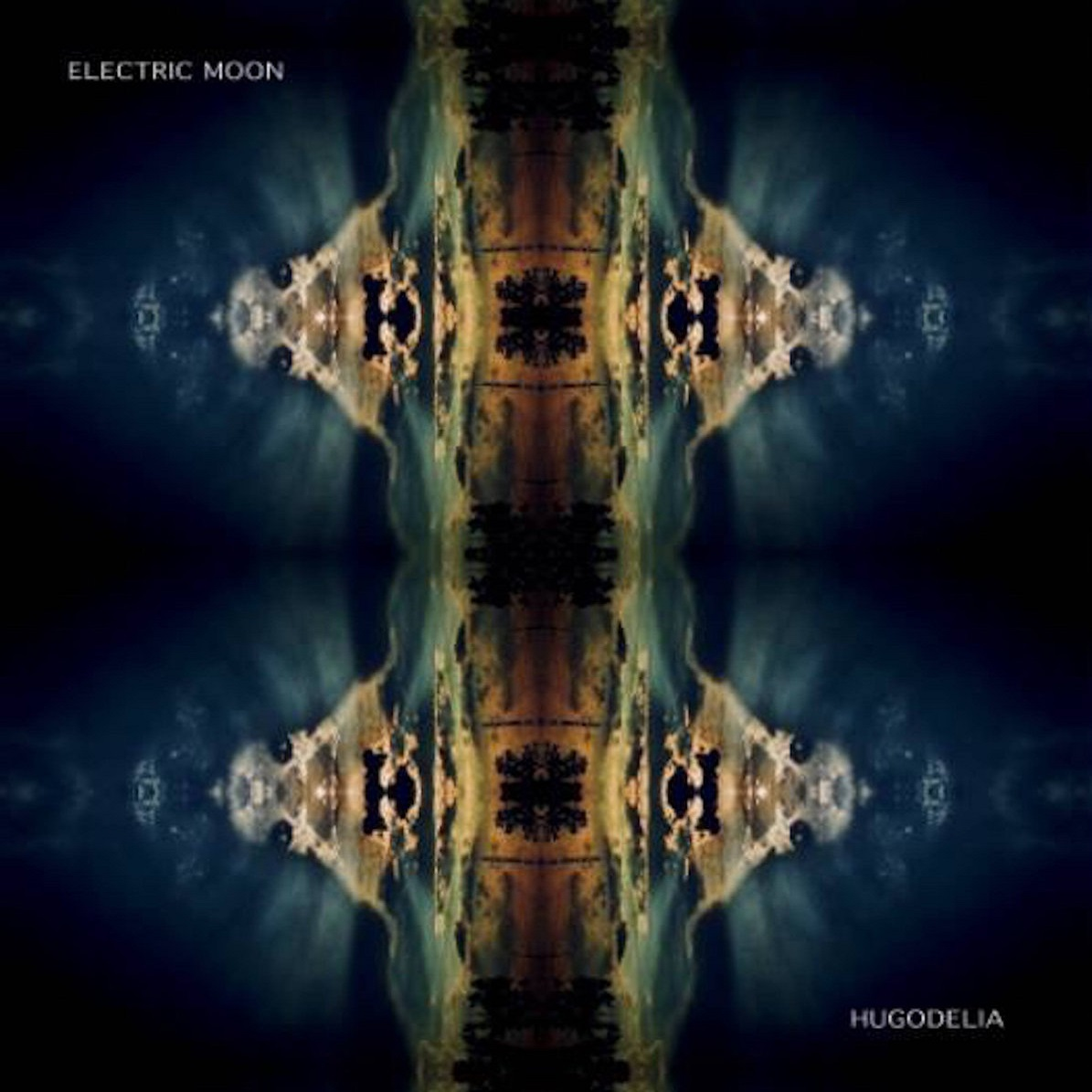electric moon hugodelia