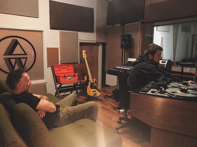 snail in studio